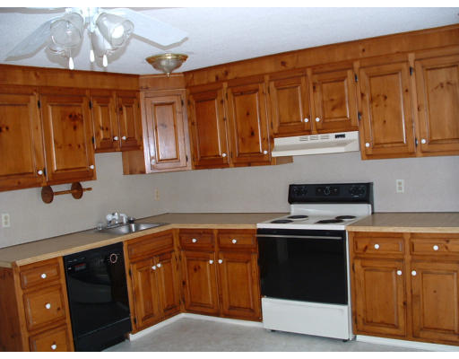 1 Bedroom Condominium, Brockton